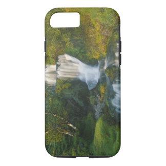 Wasserfall, Insel von Skye, Schottland iPhone 8/7 Hülle