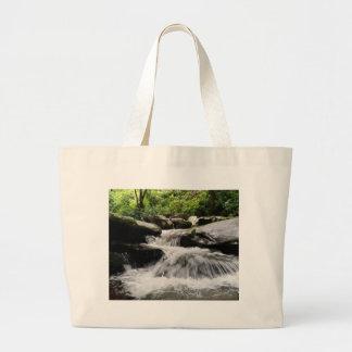 Wasserfall kaskadiert Great Smoky Mountains Jumbo Stoffbeutel