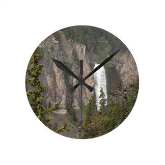 Wasserfall Runde Wanduhr