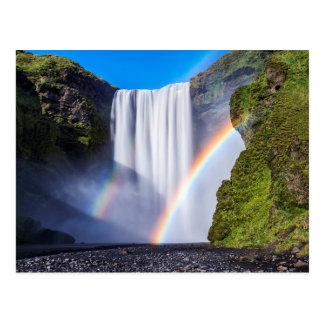 Wasserfall und Regenbogen Postkarte