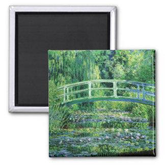 Wasserlilien und japanische Brücke durch Claude Mo Quadratischer Magnet