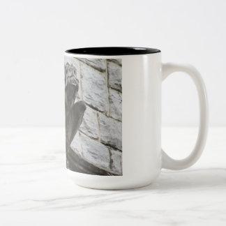 Wasserspeier-Entwurf #3 Zweifarbige Tasse