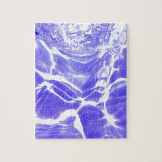 Wasserwellen lässt Kristall - klare feine Glasflie Puzzle