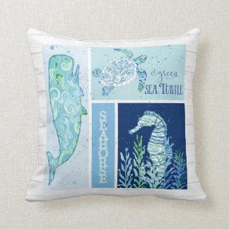 Watercolor-Ozean-Seeschildkröte-Seepferd-Wal-Holz Kissen