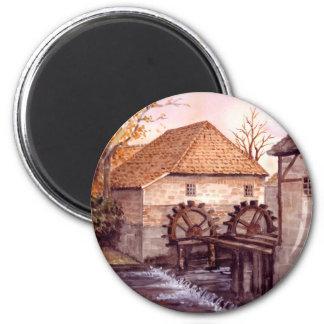 Watermill Aquarell-Malerei von Farida Greenfield Runder Magnet 5,7 Cm