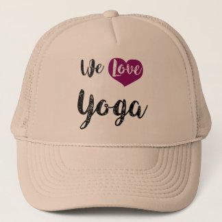 """We love Yoga "" Truckerkappe"