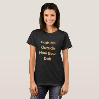 Wechseln Sie mich draußen ein T-Shirt