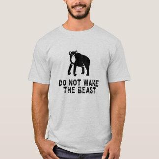 Wecken Sie nicht das Tier T-Shirt