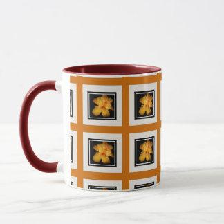 Wecker-Tasse mit gelbem Hibiskus-Entwurf Tasse