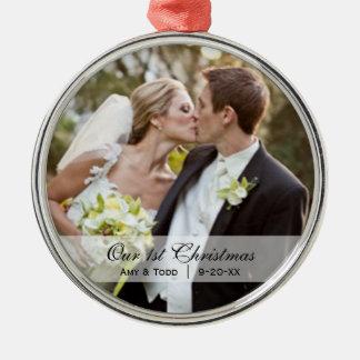 Wedding | erste WeihnachtsFoto-Verzierung Rundes Silberfarbenes Ornament