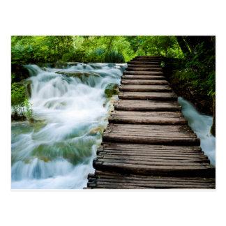 Weg durch flüssiges Wasser Postkarte