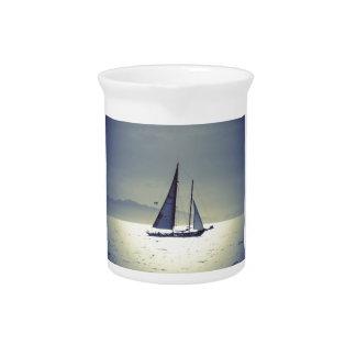 Weg segeln getränke pitcher