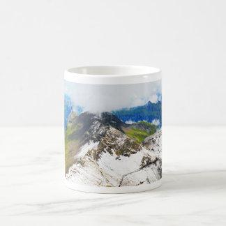 Wege in den Schweizer Alpen Kaffeetasse