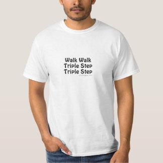 Wegweg-Dreiergruppenschritt Shirt