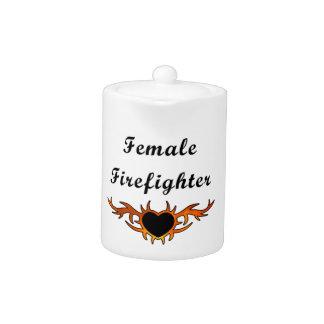 Weibliche Feuerwehrmann-Tätowierung