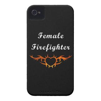 Weibliche Feuerwehrmann-Tätowierung iPhone 4 Cover