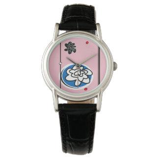 Weibliche zeitgenössische Blumenuhr Uhr