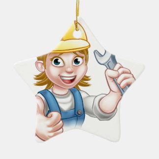 Weiblicher Klempner-Cartoon-Charakter mit Keramik Ornament