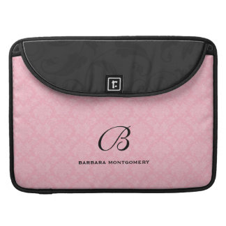 Weiblicher rosa Damast mit Monogramm MacBook Pro Sleeve