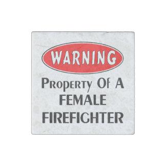 Weibliches Feuerwehrmann-Eigentum Steinmagnet