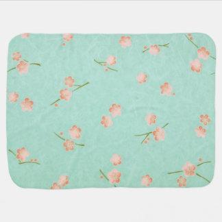 Weiche Blumenblätter Pfirsich u. Aqua Puckdecke
