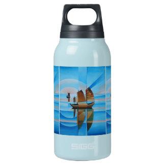 Weiche Himmel, Cerulean Meere und Cubist-Kram Isolierte Flasche