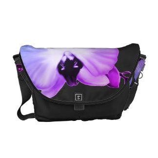 Weiche Orchideen Kurier Taschen