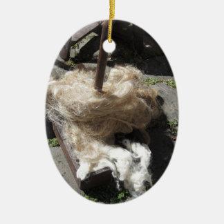 Weiche Rollen der Wollen nannten Umherziehen oder Keramik Ornament