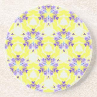 Weiches gelbes Lavendel-Fraktal-nahtloses Muster Sandstein Untersetzer