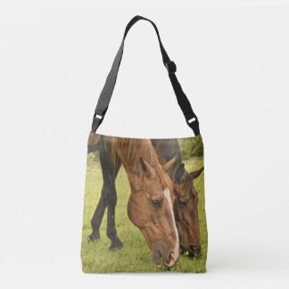 Weiden lassen der Pferde Tragetaschen Mit Langen Trägern