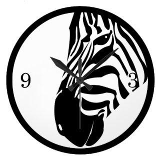 Weiden lassen von Zebra Große Wanduhr