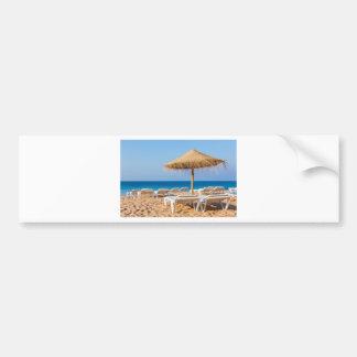 Weidensonnenschirm mit Strand beds.JPG Autoaufkleber