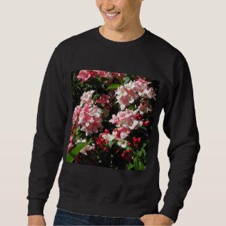 Weigela. Hübsche rosa Blumen Sweatshirt