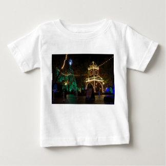 Weihnachten an der silberner Dollar-Stadt Baby T-shirt