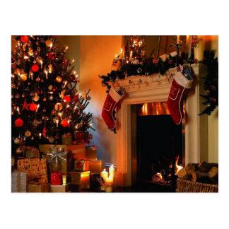 Weihnachtsbaum durch das Feuer Postkarte