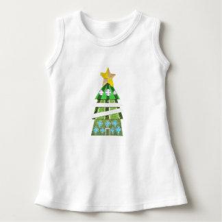 Weihnachtsbaum-Hotel kein Hintergrund-Baby-Kleid Kleid