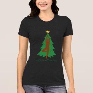 """""""Weihnachtsbaum-Pose-"""" T-Shirt"""