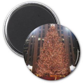 Weihnachtsbaumrockefeller-Mitte Runder Magnet 5,7 Cm