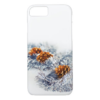 Weihnachtsfunkelnde Dekorations-Kiefern-Kegel weiß iPhone 8/7 Hülle
