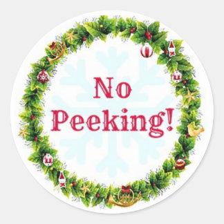 WeihnachtsKranz kein Spähen Runder Aufkleber