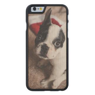 Weihnachtsmann-Hund - lustiger Mops - verfolgen Carved® iPhone 6 Hülle Ahorn