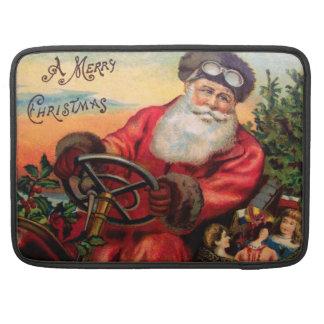 Weihnachtsmann im Automobil MacBook Pro Sleeves