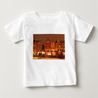 Weihnachtsmarkt in Stockholm, Schweden Baby T-shirt