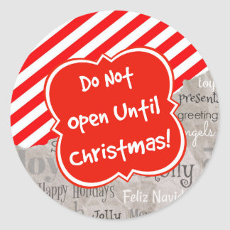 Weihnachtstext auf Feriengeschenk-Papier Runder Aufkleber