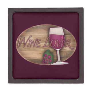 Wein-Liebhaber auf hölzernem Oval Schachtel