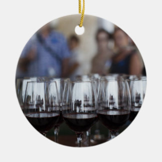 Weinkellerei Bodega Marques de Riscal, Weinprobe Keramik Ornament
