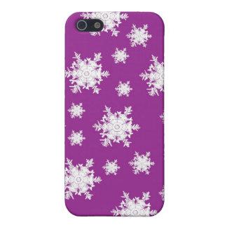 Weiß auf lila Schneeflocke-Entwurf iPhone 5 Hüllen