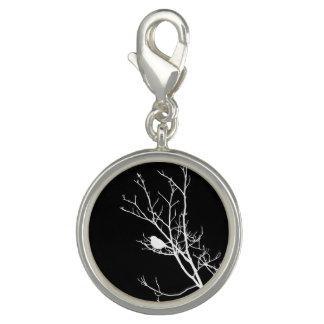 Weiß auf schwarzer Vogel-Silhouette - Charm