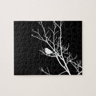 Weiß auf schwarzer Vogel-Silhouette - Puzzle