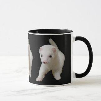 Weiße Baby-Frettchen-Tasse Tasse